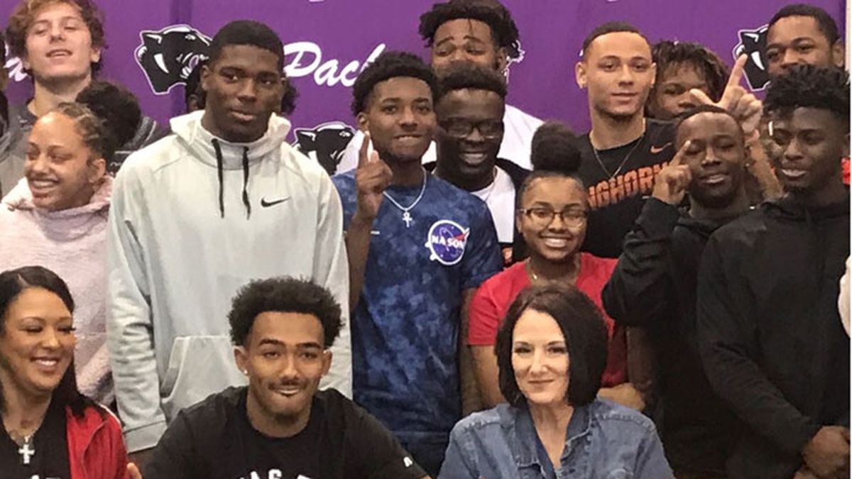 Lufkin's Ja'Lynn polk signed as a wide receiver with Texas Tech University on Wednesday....