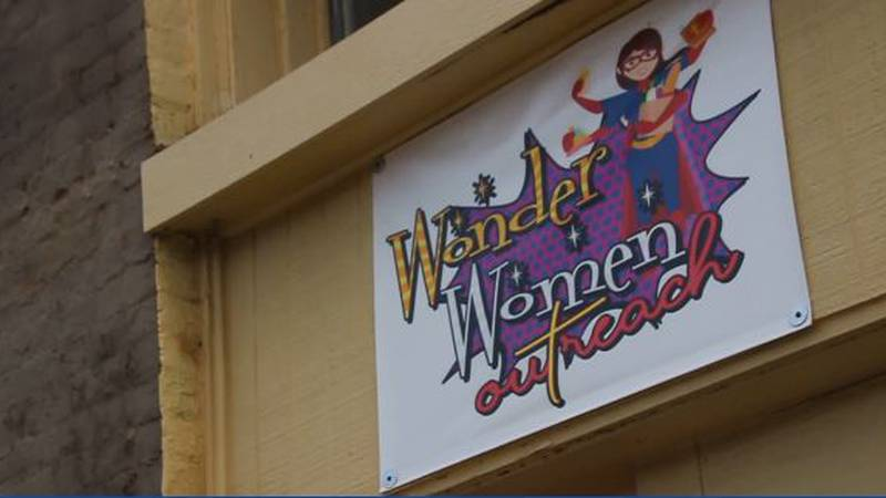 """""""Wonder Women Outreach"""" brings fresh produce, supplies for mothers to East Texas community."""
