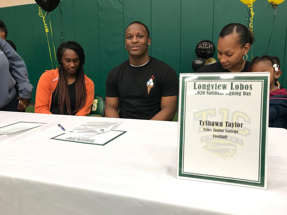 Longview's Tyshawn Taylor signed with Tyler Junior College. (Source: KLTV Staff)