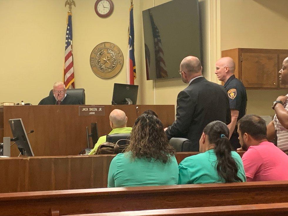 Lindale man pleads guilty