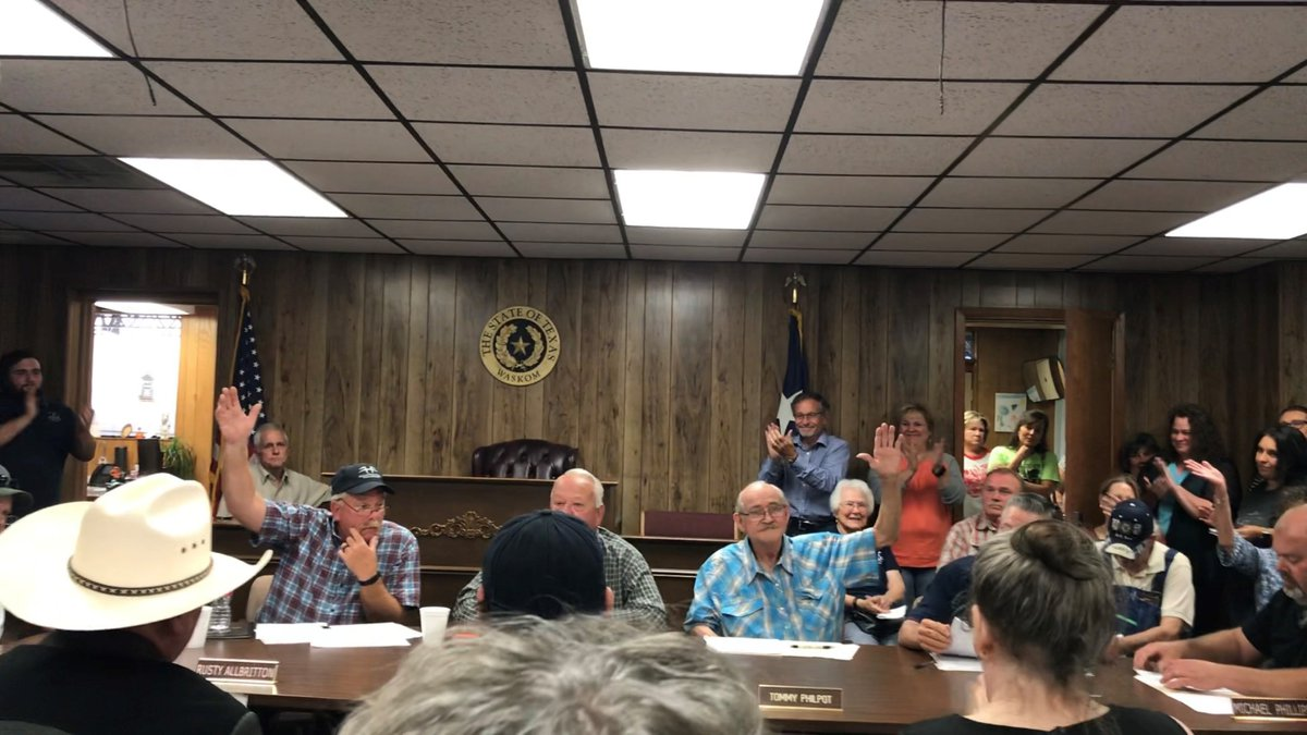 The Waskom City Council voted Tuesday to pass an ordinance attempting to ban abortions in the...