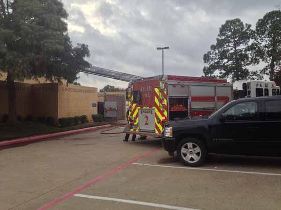 Fire reported in kitchen of Tyler restaurant