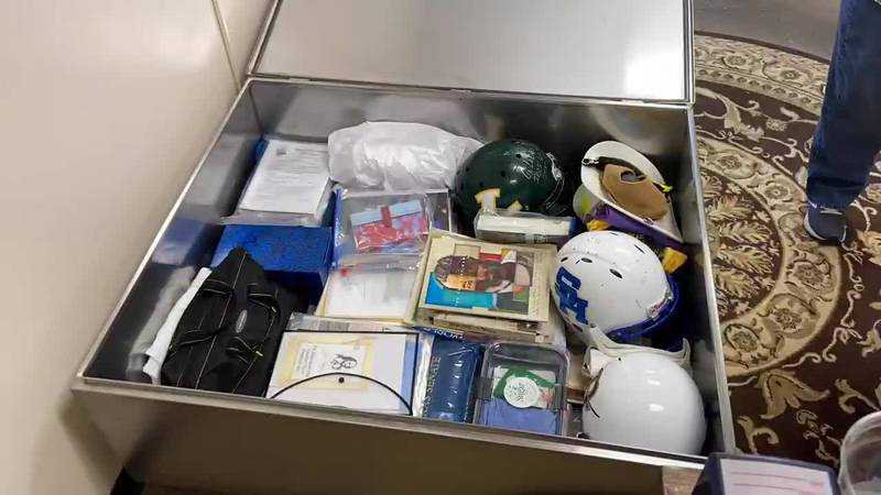 WEBXTRA: More donations come in to fill Longview time capsule