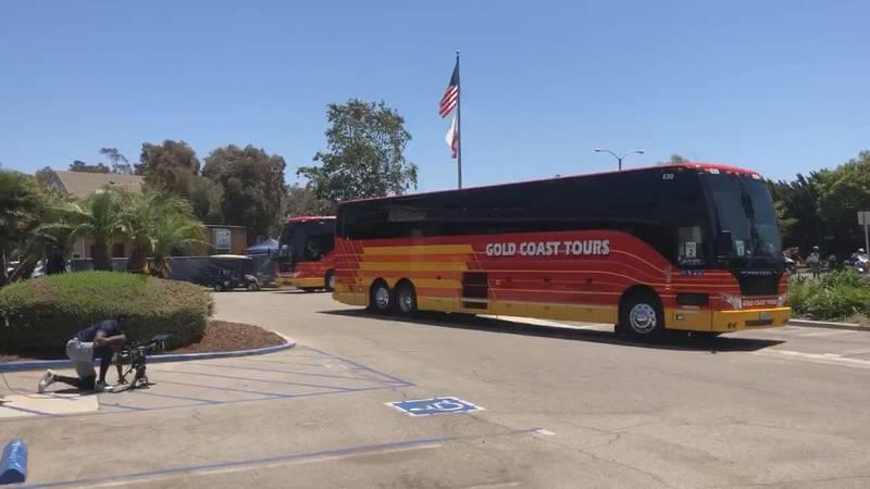 Dallas Cowboys arrive in Oxnard, California (KLTV)