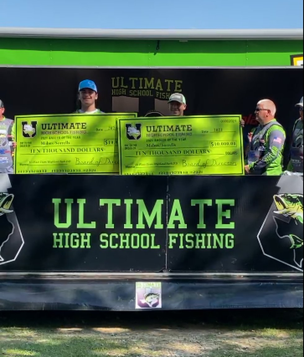 Ultimate High School Fishing champions from Highland Park High School.