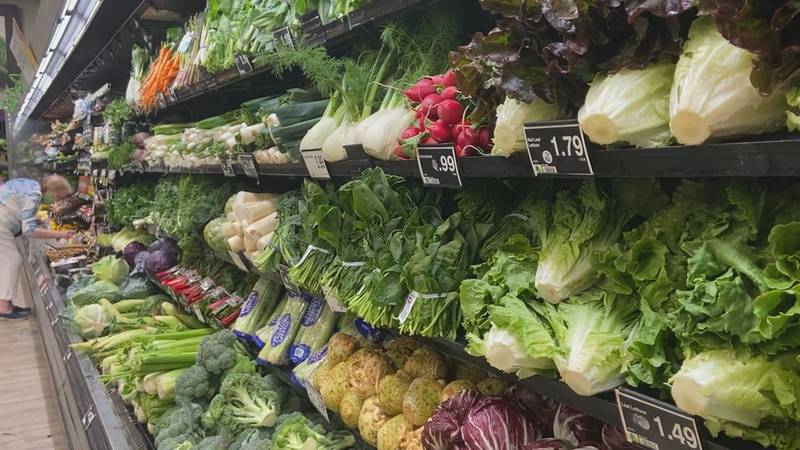 Vegetable aisle of Tyler grocery store.