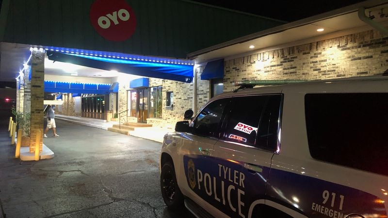 Tyler Police officer injured in scuffle at hotel