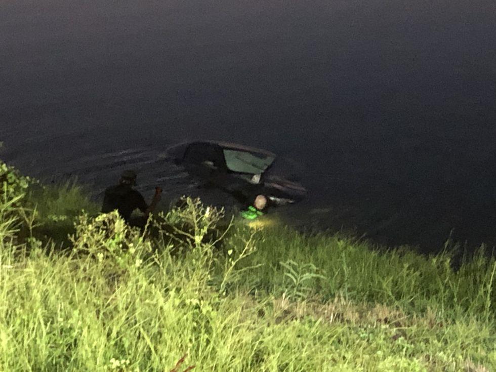 Investigators search vehicle found in Lake Jacksonville