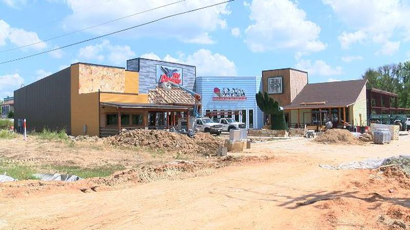 Folks in Canton will have a new place to eat and play soon.