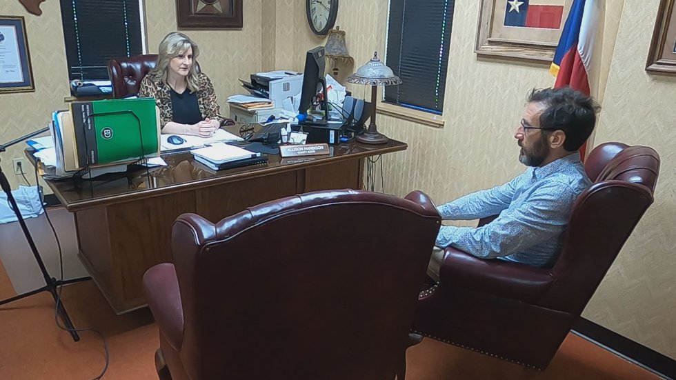 KSLA Investigator Stacey Cameron sits down for an interview