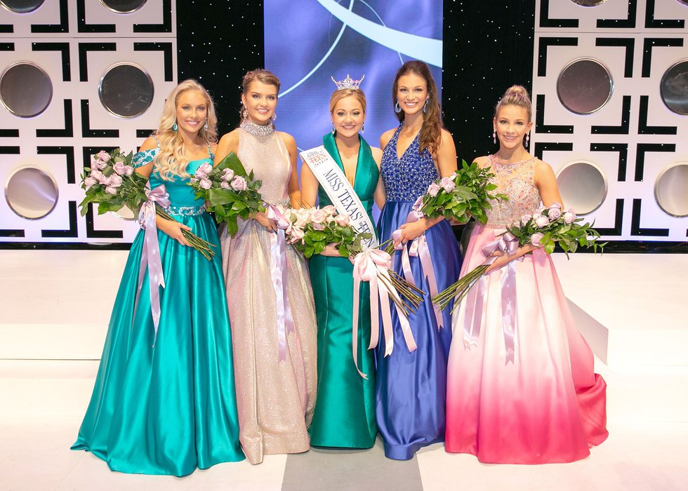 Allie Graves is crowned Miss. Texas' Outstanding Teen as she stands side-by-side with the Top 5...