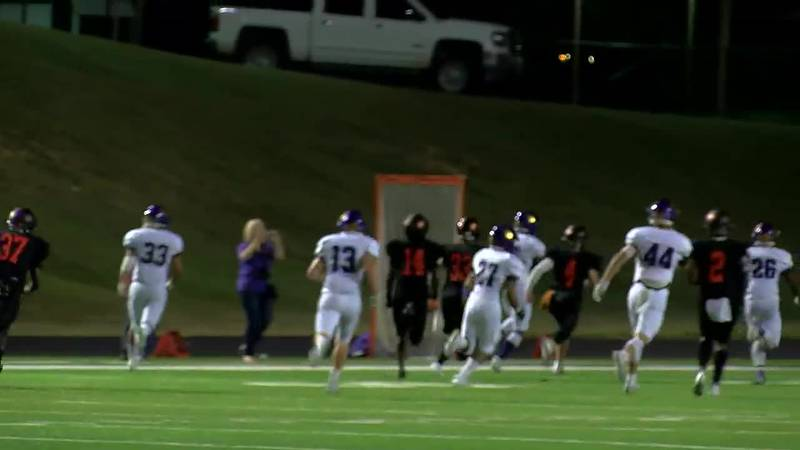 WATCH: Center's Da'nijhalon Gibson makes 70 yard kick off return against Gladewater for touchdown