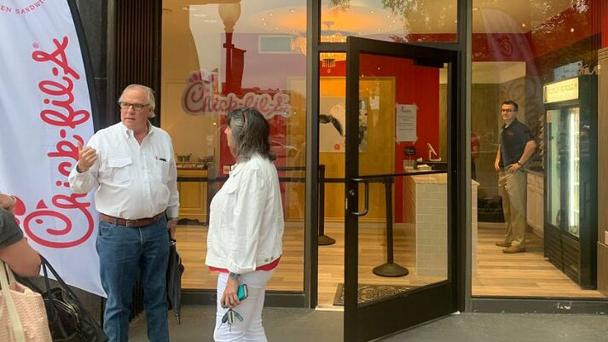 Chick-fil-A's pop-up location in downtown Tyler will reopen beginning Monday, Feb. 1.