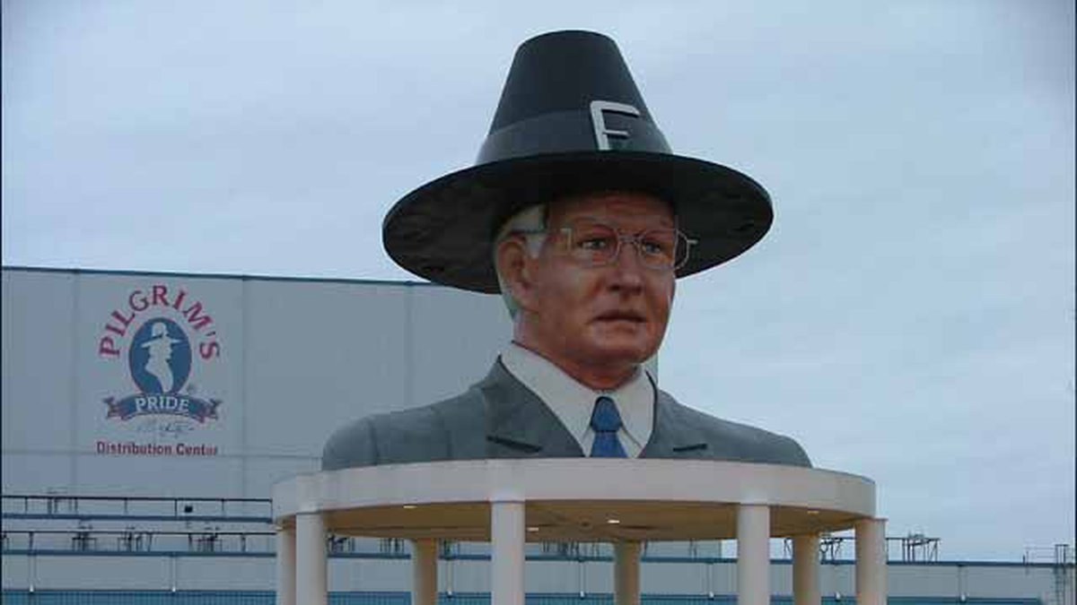 """""""Flying the coop: Iconic statue of Pilgrim's Pride founder's head to be dismantled, returned to..."""