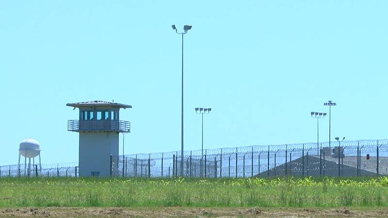 State lawmakers declined to expand air conditioning in Texas prisons this legislative session.