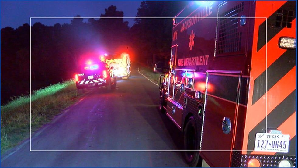 Police: No one inside vehicle submerged in Lake Jacksonville