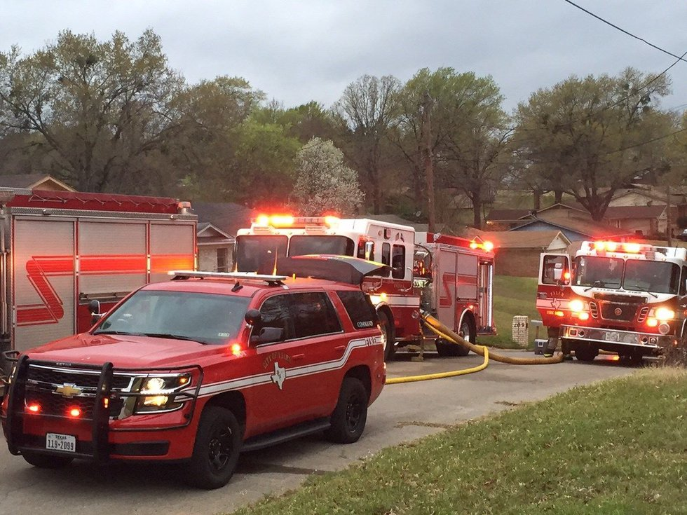 Fire at house on the north side of Tyler on Monday morning. (Source: KLTV staff)