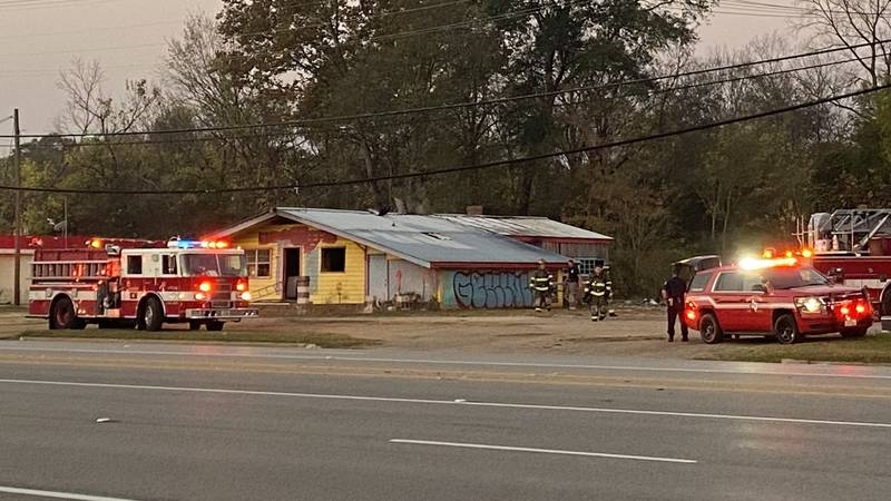 Tyler Fire Department responds to structure fire at 5:45 this morning.