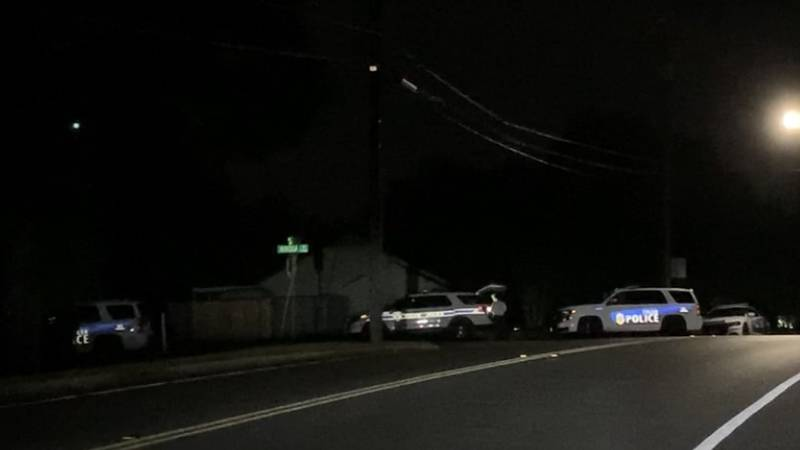 Tyler Police seen staging at entrance of Mimosa Drive