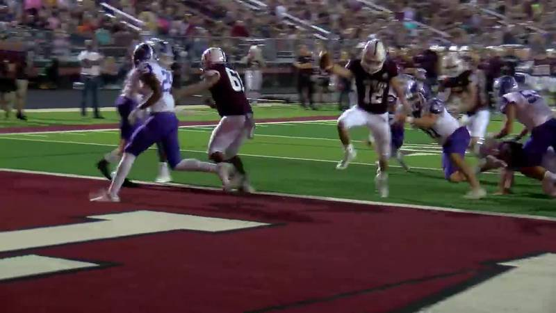 WATCH: Whitehouse's Josh Green makes short run to score against Hallsville