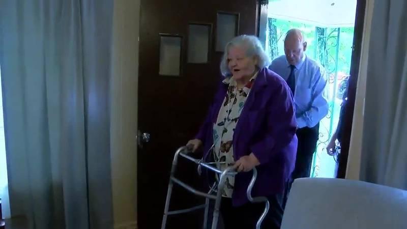 Community renovates home for Hawkins woman KLTV