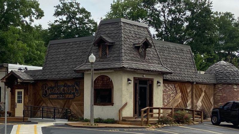 Longview 6th Street Bodacious Bar-B-Q Reopens after fire