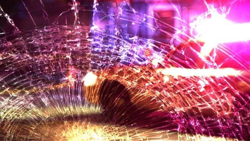 A single-vehicle fatal crash occurred early Sunday morning near White Oak.