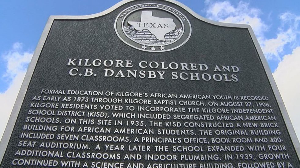 Pictured is the historical marker for the Kilgore Colored School. (Source: KLTV Staff)